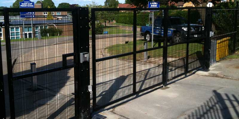 CDA Solutions Gates & Fencing
